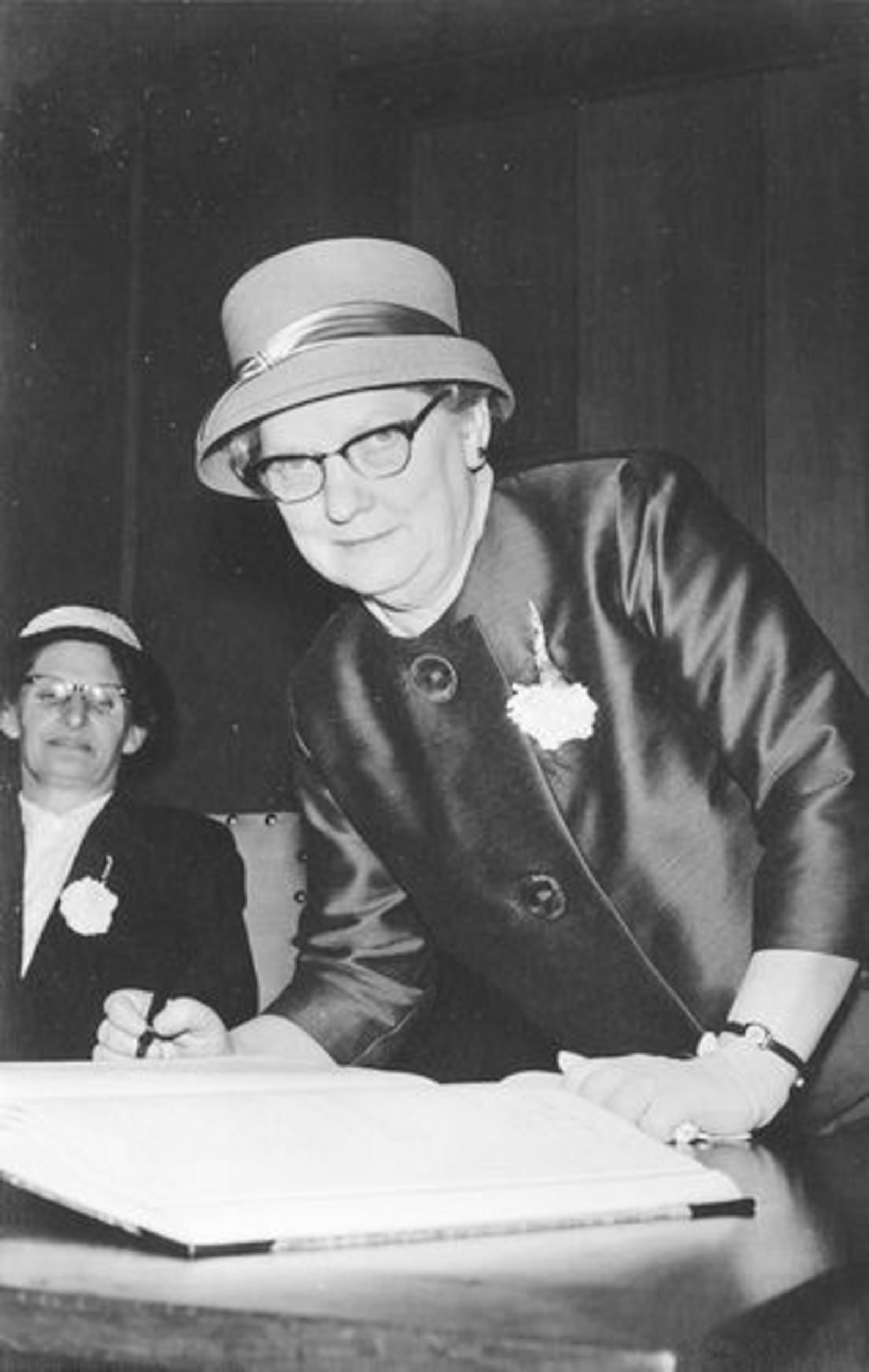Dam Johanna M 1935 19__ trouwt Jacobus Bonte 06