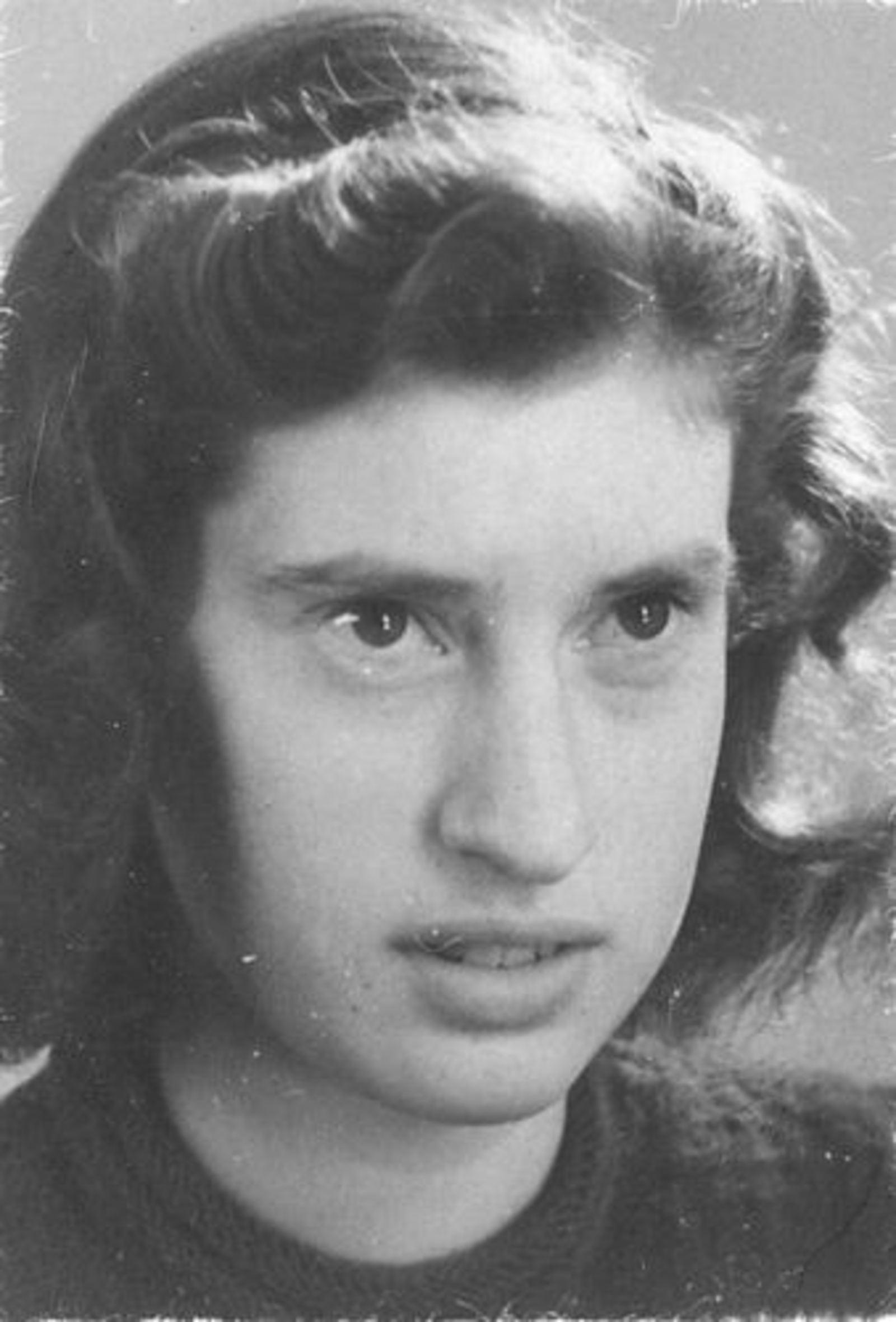 Dam Marijtje J 1930 1948 Portret