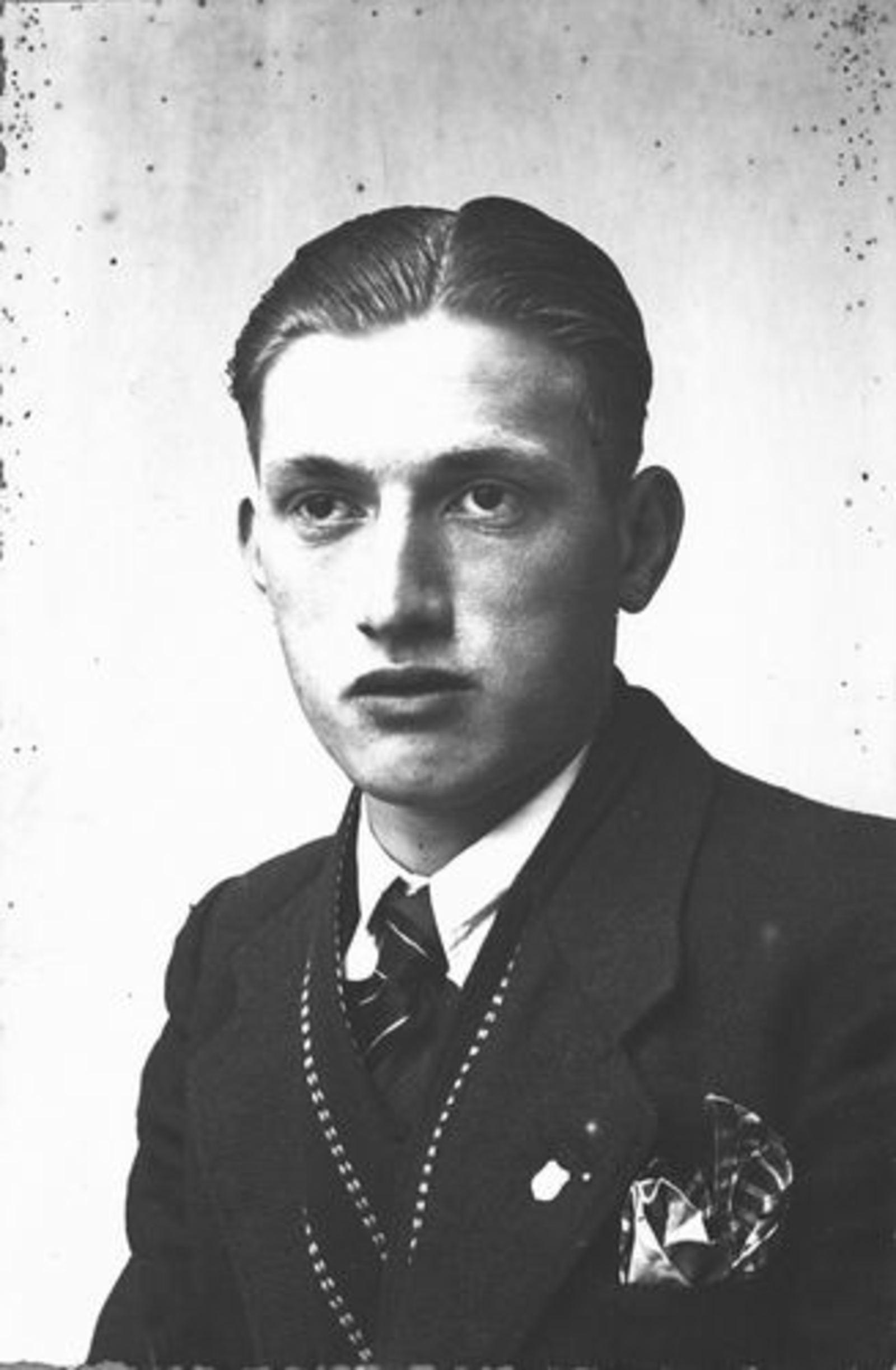 Dam Pieter 1926 1943± Portret 17jr