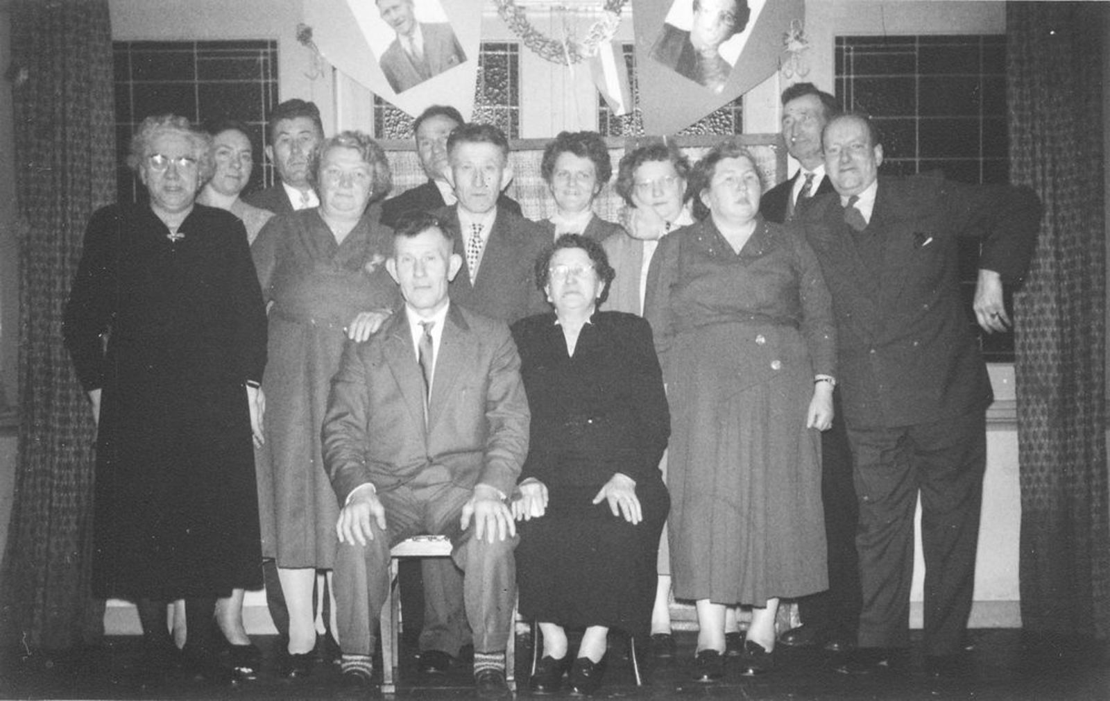 Dam-Stroomer Fam 1956 Onbekend Trouwerij 02