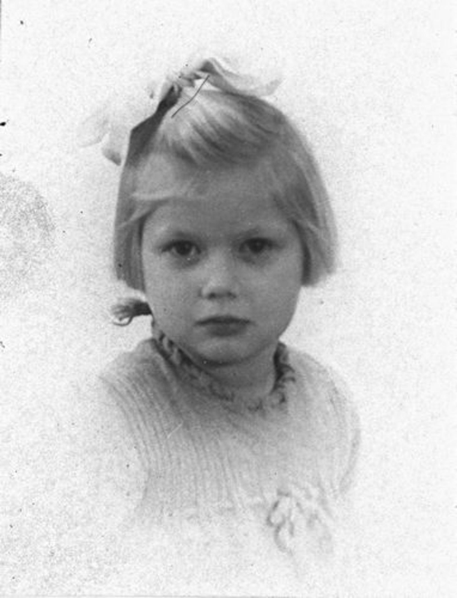 Dam Pieter 1926 19__ Dochter Els Portret