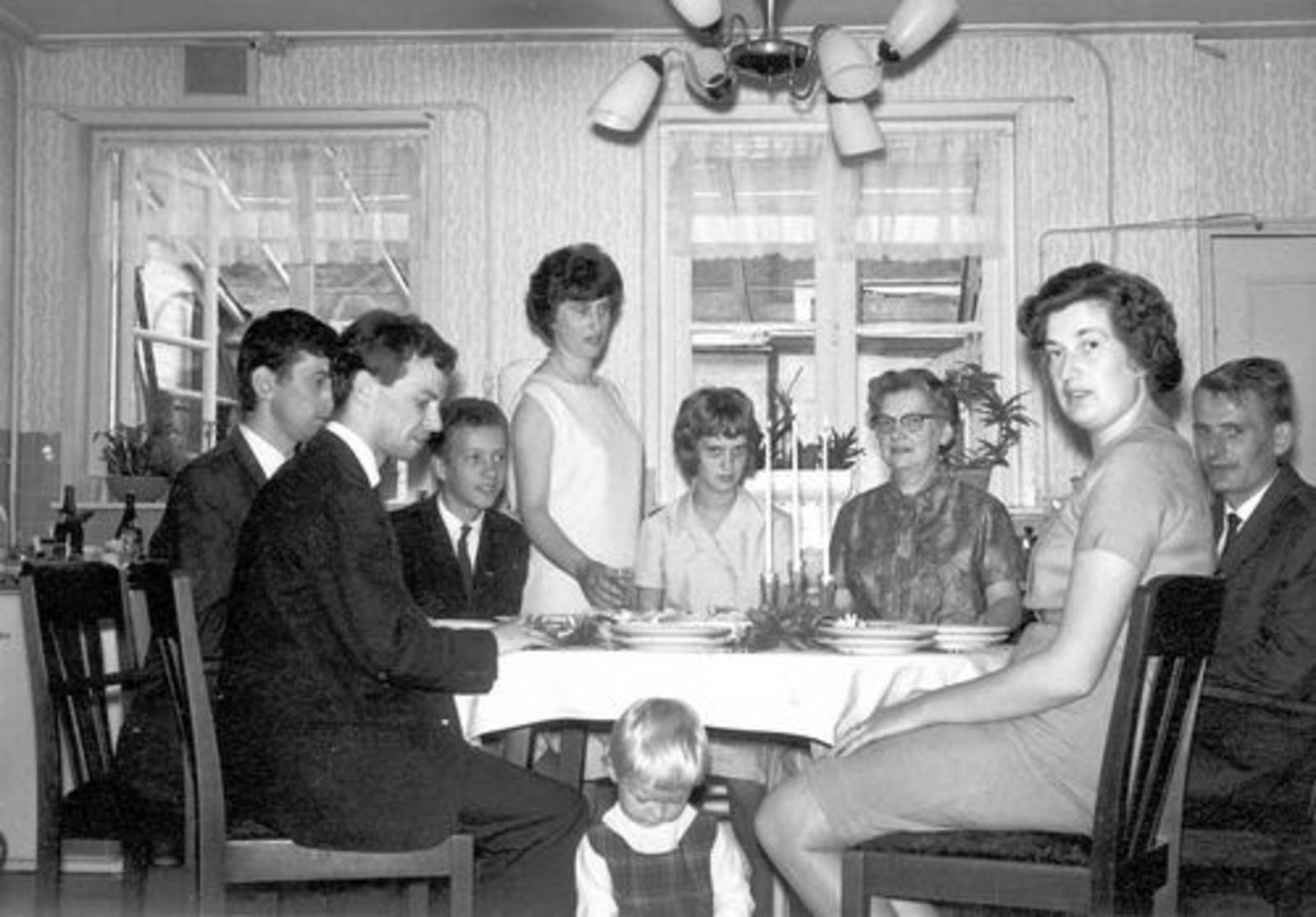 Dam-Stroomer Geertje 1901 1964± binnen met Familie