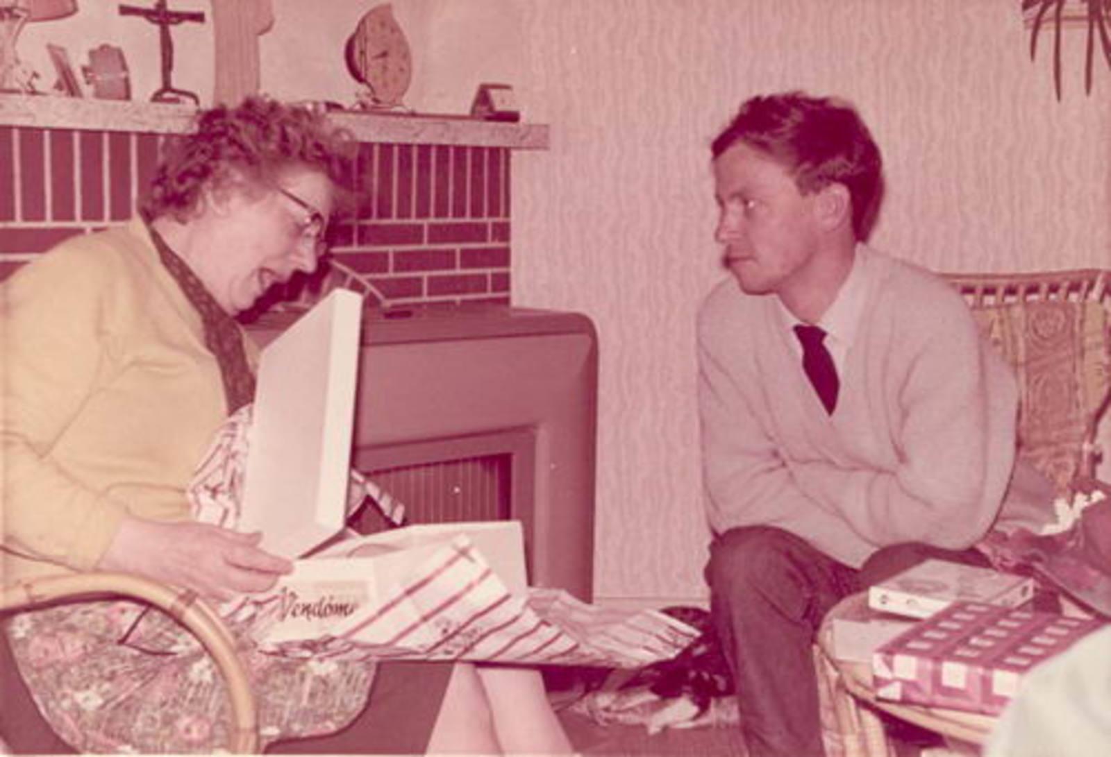 Dam-Stroomer Geertje 1901 1966± Sinterklaas met Familie 05