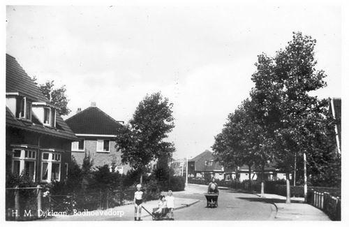 Dijklaan H M 1952
