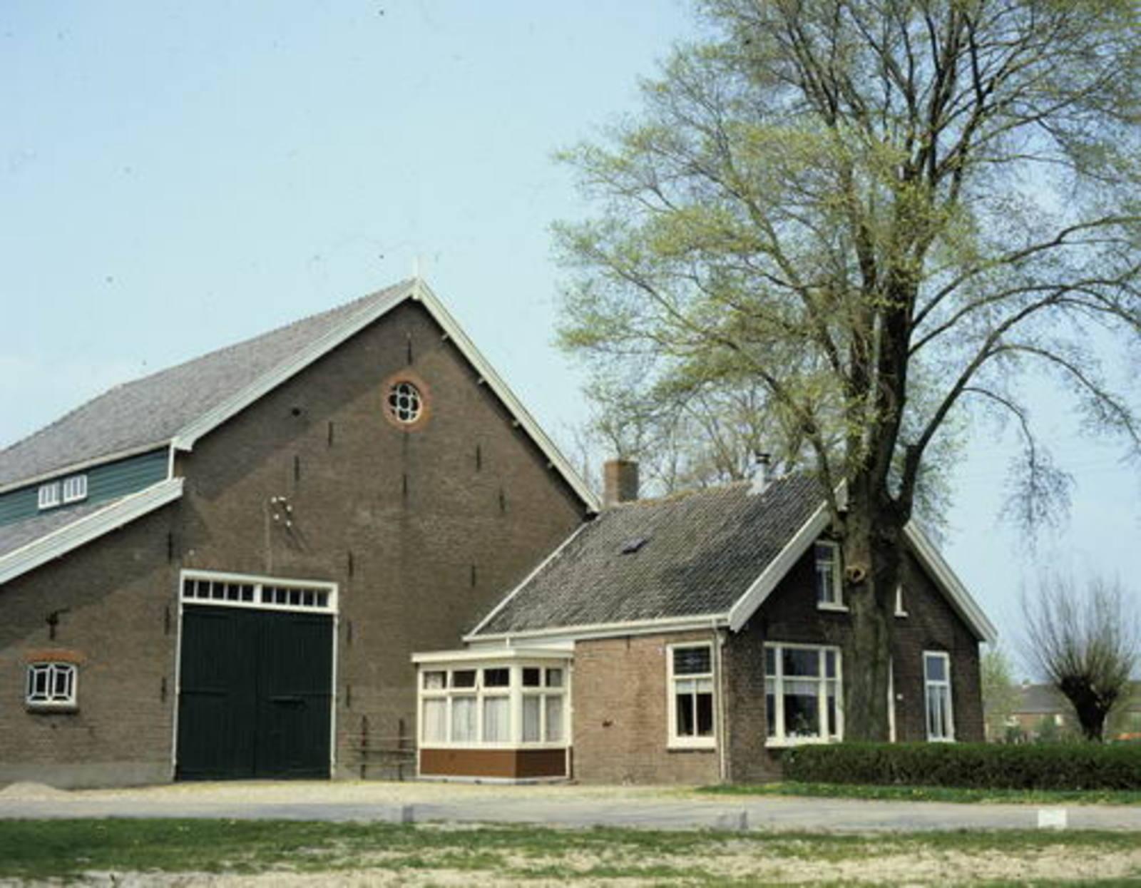 Domineeslaan 0183 1984 boerderij G Rip