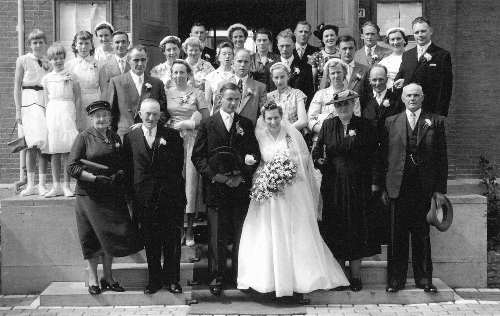 Eijk Teun vd 19__ trouwt Emma Marbus 21