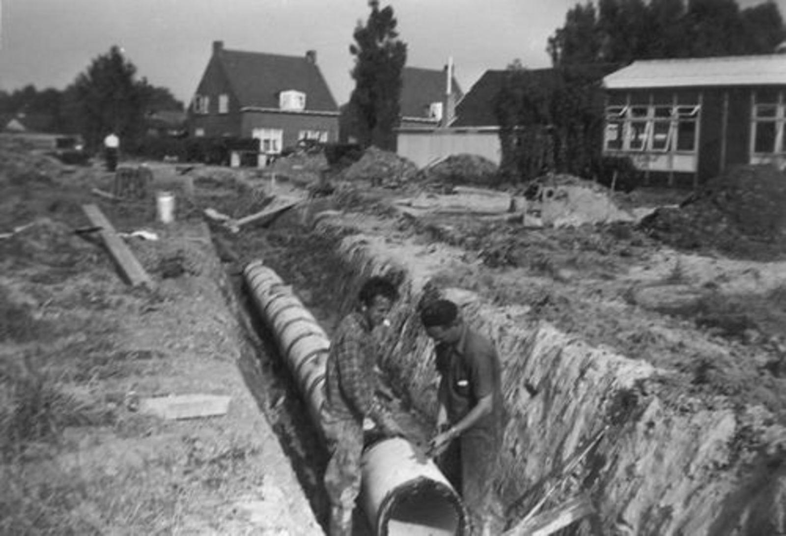 Engelmanstraat 1960± met Kruislaan Kerkje en Schutse