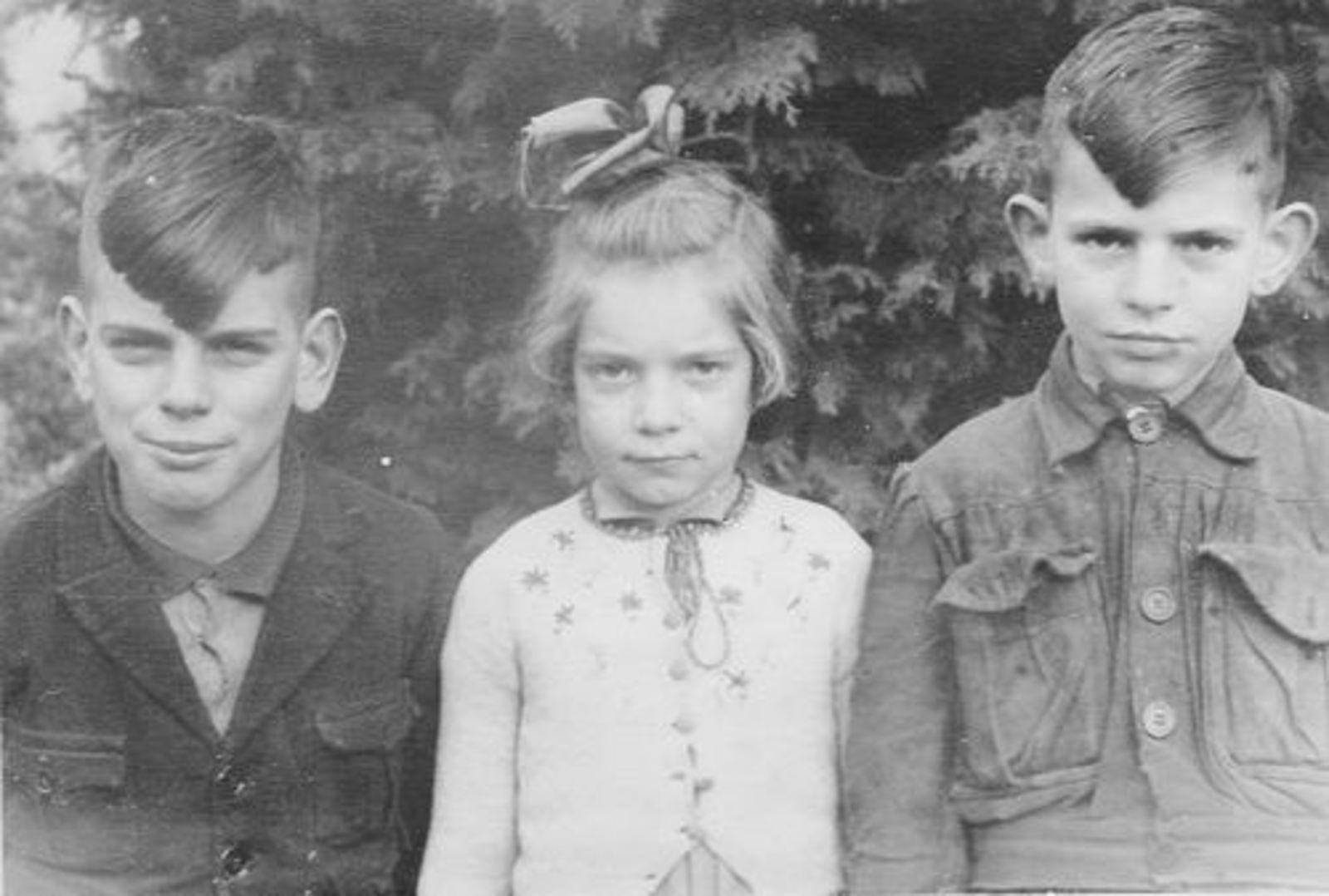 Es Teunis v 1906 1943 Kinderen 03 Teun Jos en Chris