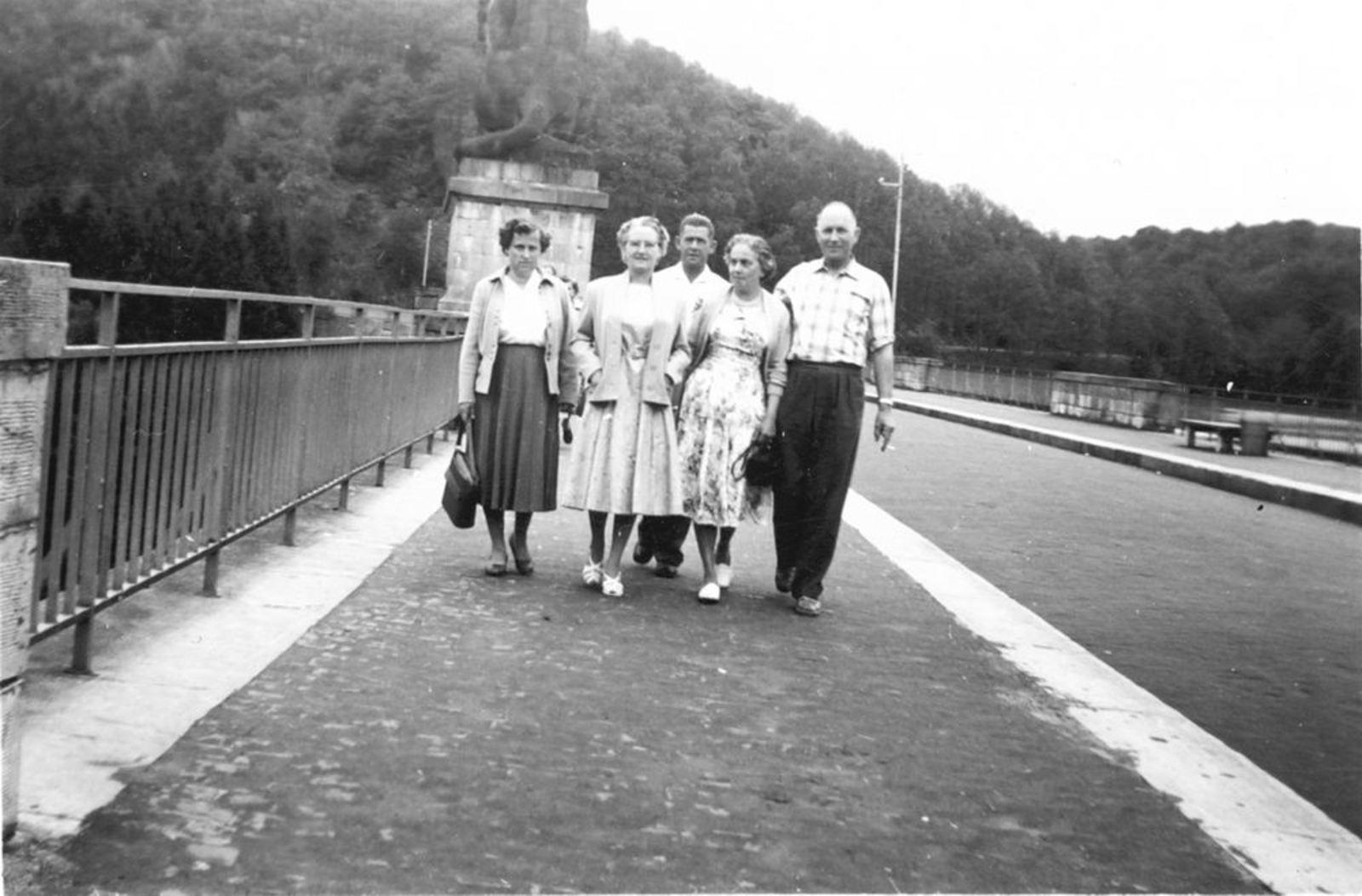 Galis Jan 1907 19__ Vakantie bij Watervallen Coo in Belgie 09dd