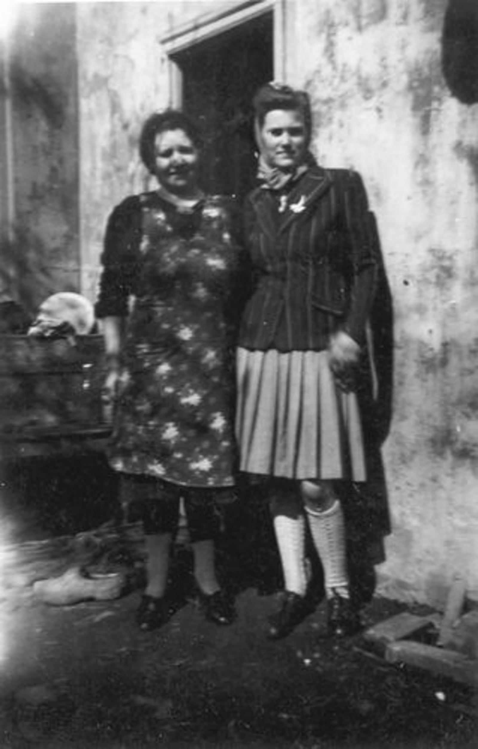 Galis Nanning 1946 vrouw Anna M vd Ban met Zwaantje Bosman