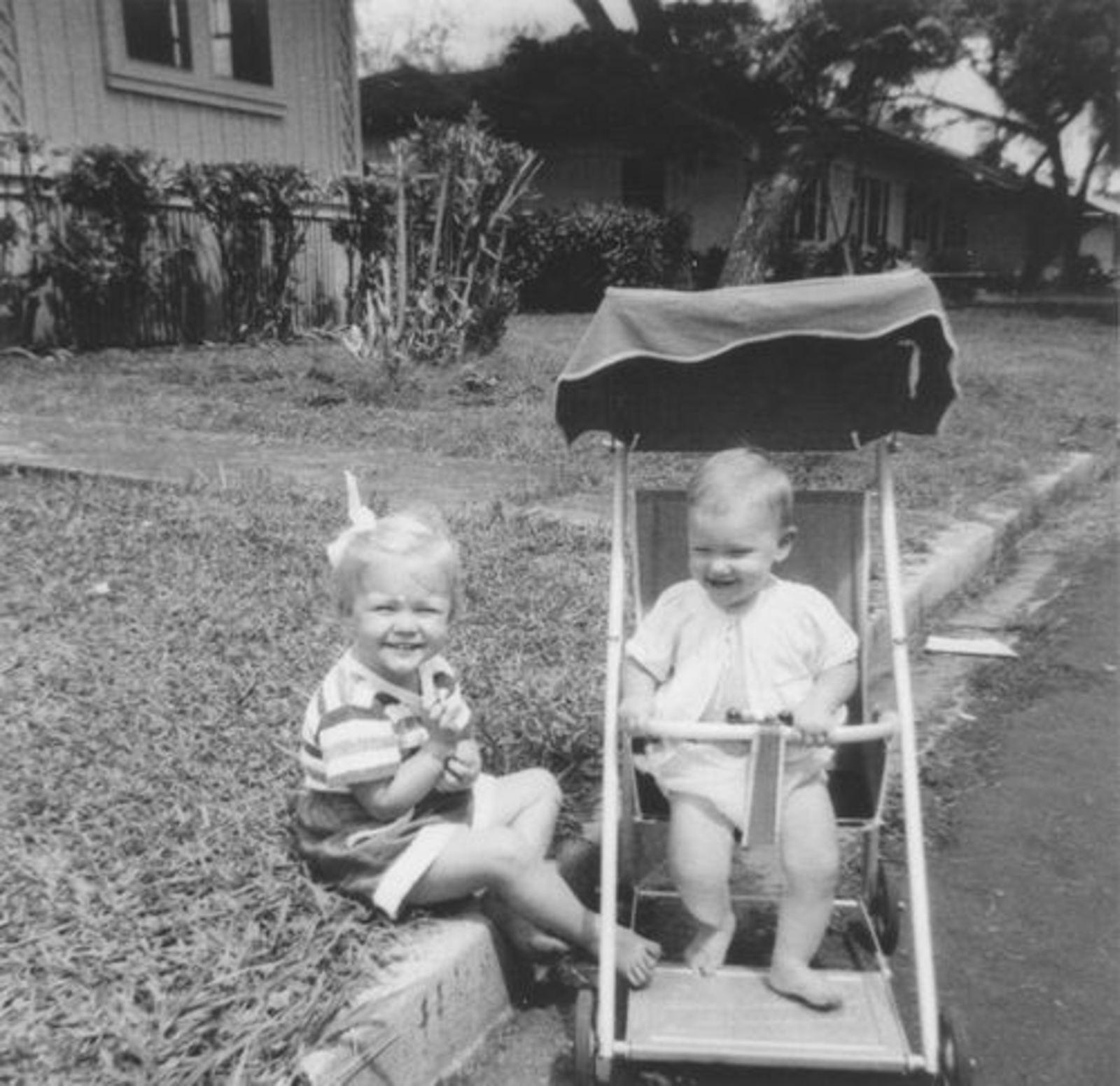 Geertzema_Elsa_en_Frances_Onbekend_808_1954