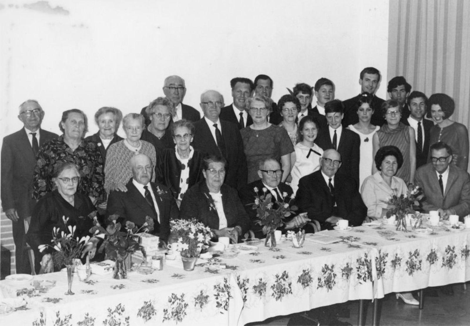 Goudriaan Kobus 19__ Jubileum met vrouw Marie Malipaard Feest