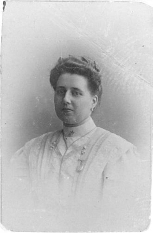Graman - vd Laan Maria J G 1885± 191_ Portret Onbekend 129