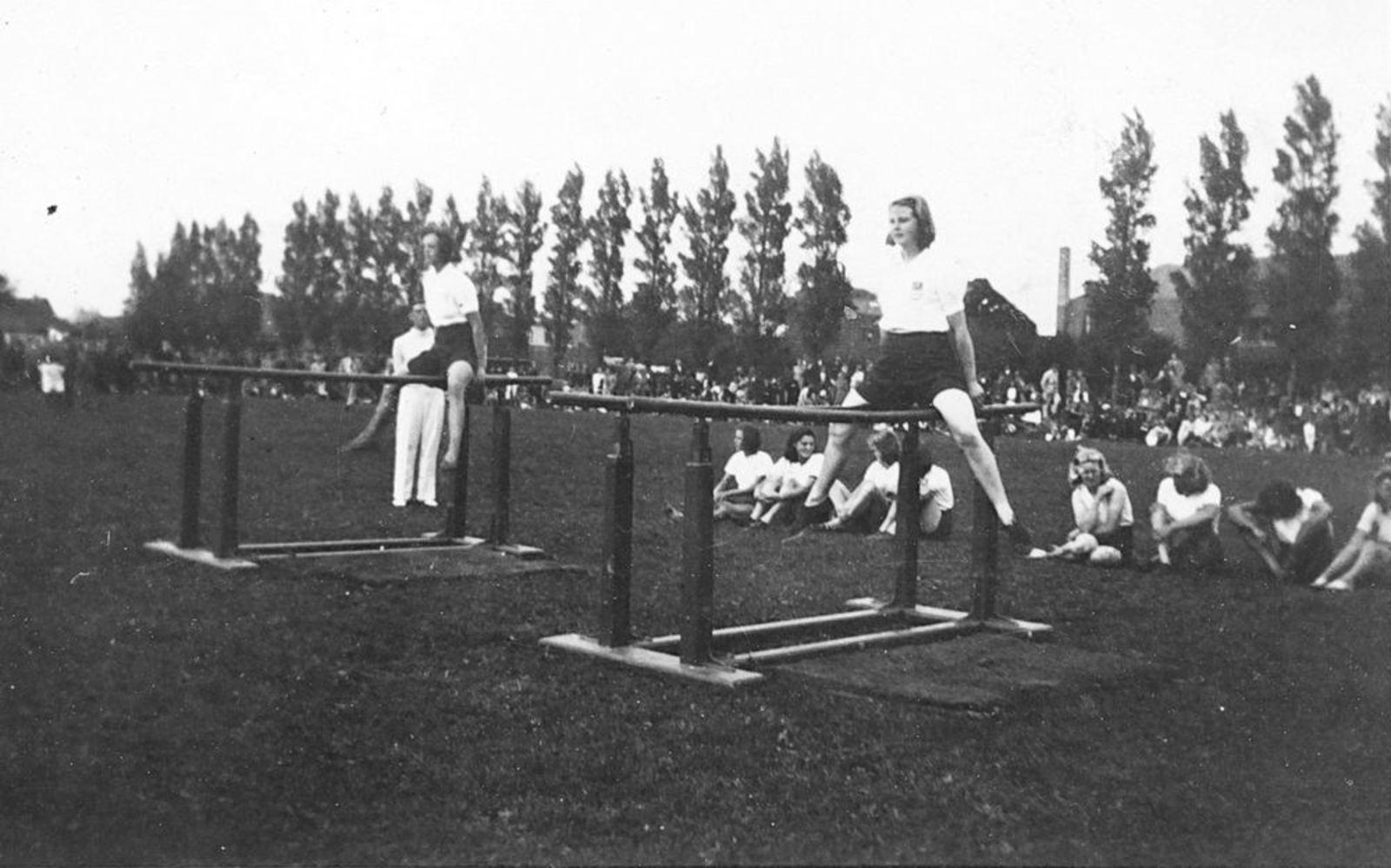Gym en Athletiek Ver Hoofddorp 1960± Springgroep Adspiranten