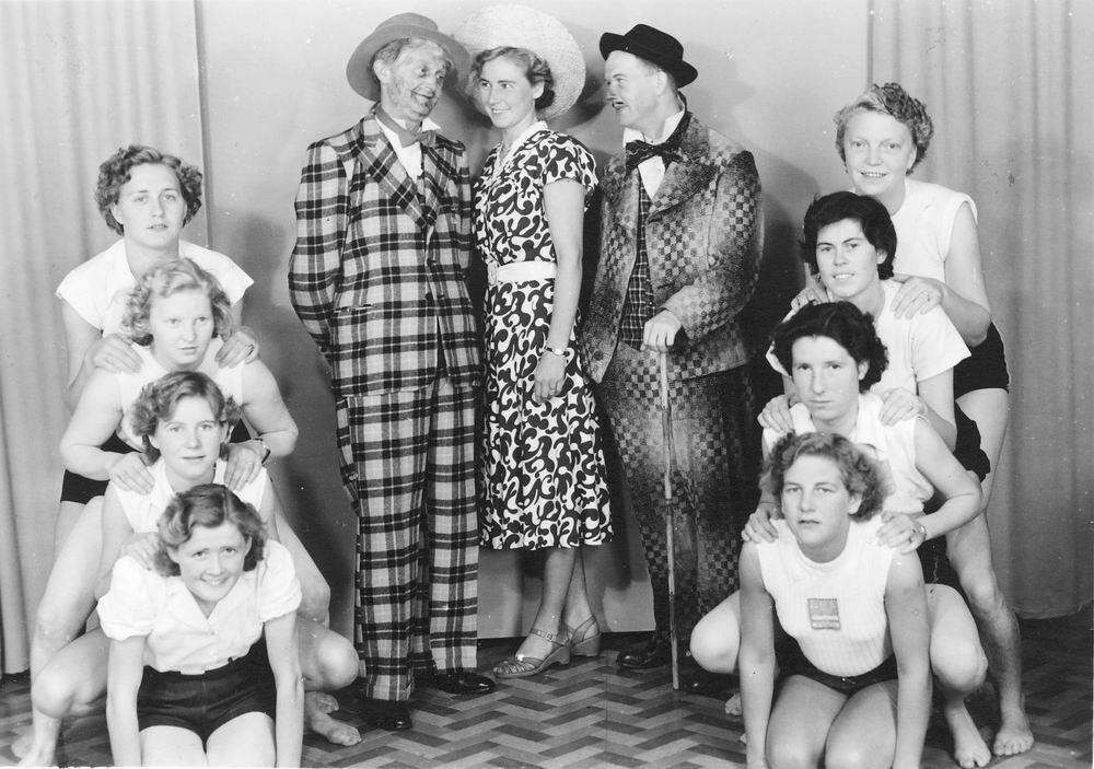 <b>ZOEKPLAATJE:</b>Gym en Athletiek Ver Hoofddorp 1951 in Revue