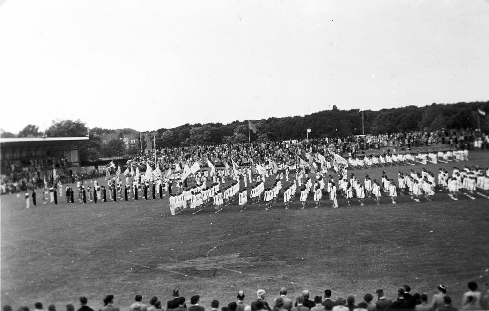 Gym en Athletiek Ver Hoofddorp 1952 KNAU Bondsfeest Den Haag 03