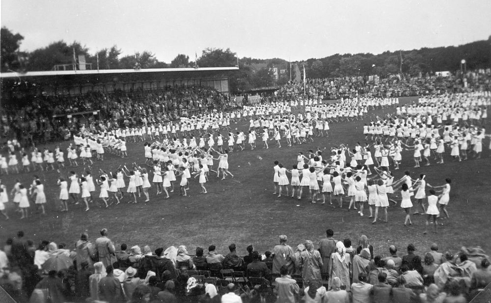 Gym en Athletiek Ver Hoofddorp 1952 KNAU Bondsfeest Den Haag 05
