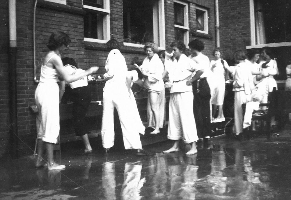 Gym en Athletiek Ver Hoofddorp 1952 KNAU Bondsfeest Den Haag 09