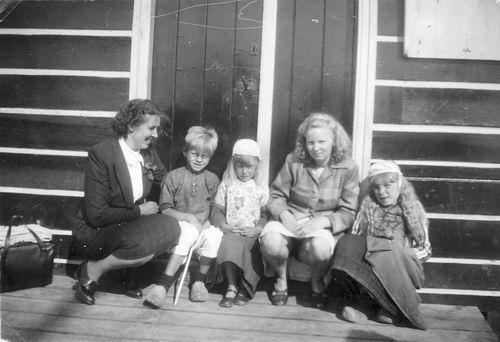 Helm Femmie vd 1948 Bejaardenrit naar Marken 02