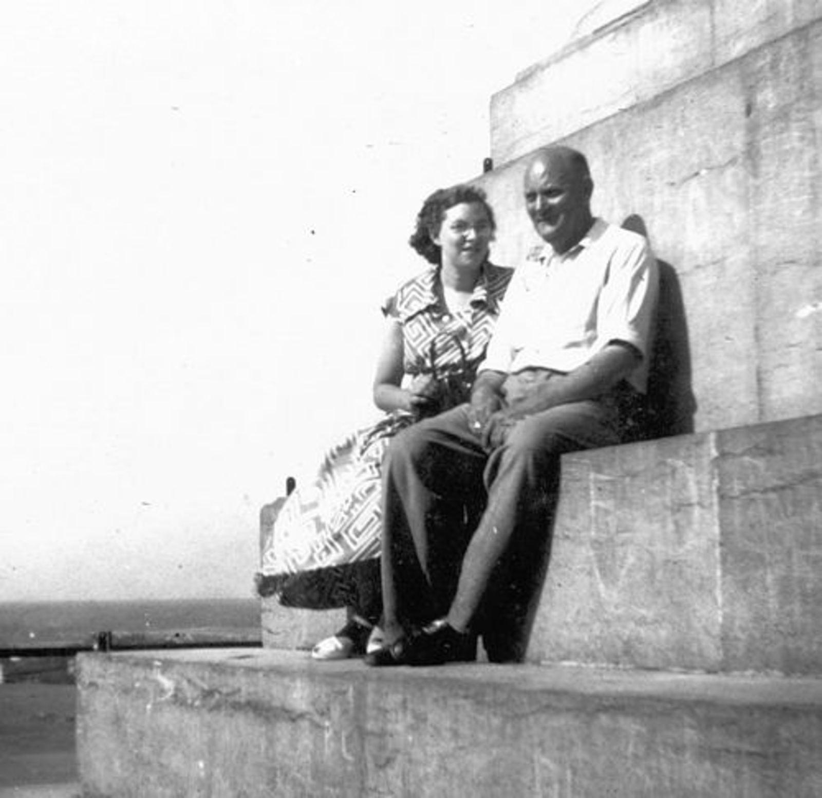 Helm Femmie vd 1952± Vakantie Belgie met Onbekend 05