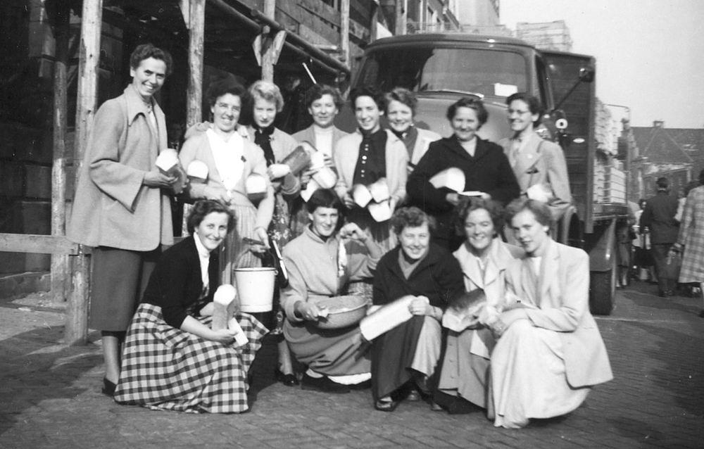 Helm Femmie vd 1955 Leidens Ontzet 02