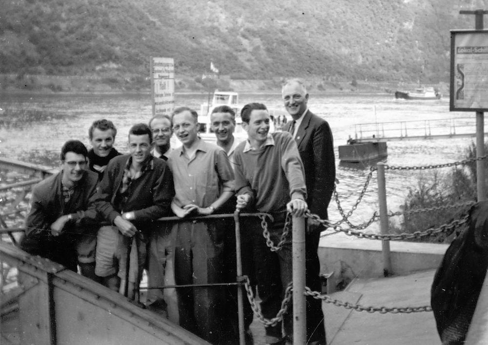 <b>ZOEKPLAATJE:</b>Helm Femmie vd 1958 Vacantie Slot Stolzenfels met Onbekend 03