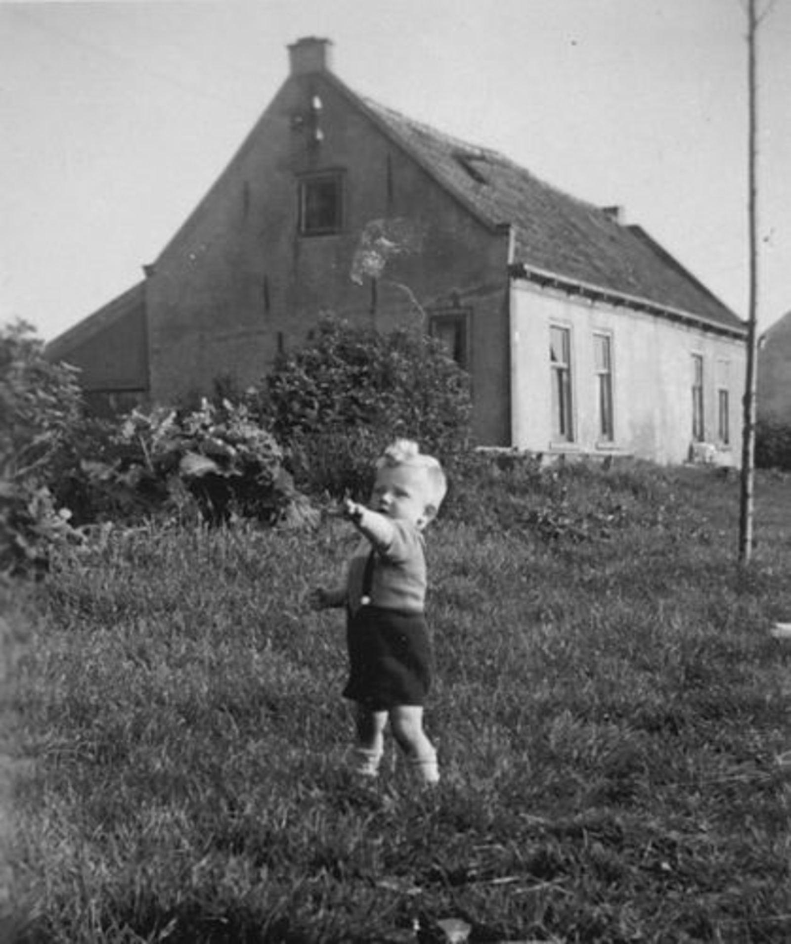 Hillegommerdijk 0583- 1946± met Robbie Huneman 01