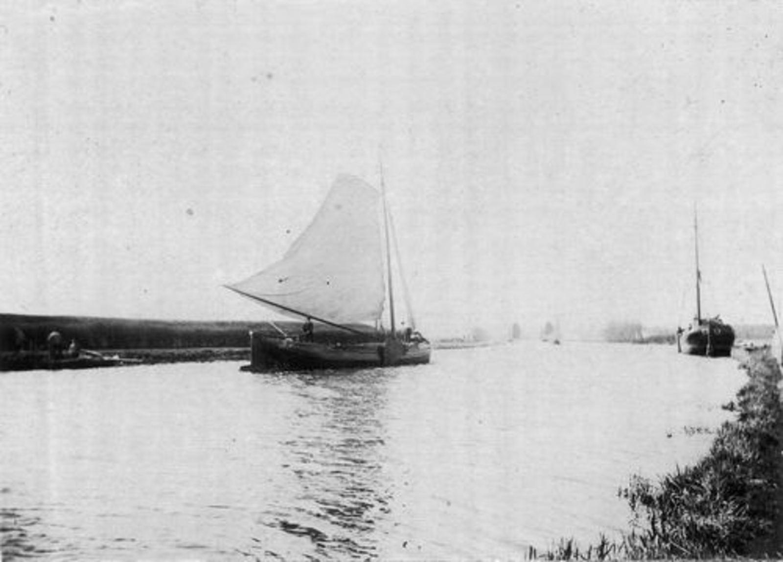 <b>ZOEKPLAATJE:</b>&nbsp;Hmeer Onbekend 1895 Schepen Ringvaart en Huis 02