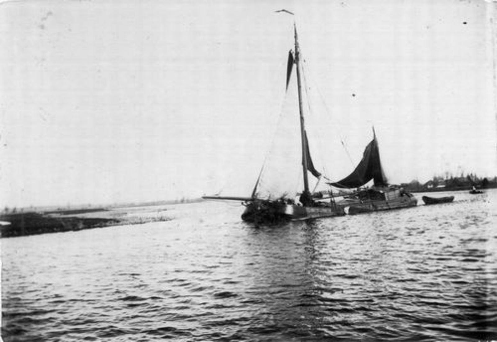 <b>ZOEKPLAATJE:</b>&nbsp;Hmeer Onbekend 1895 Schepen Ringvaart en Huis 03