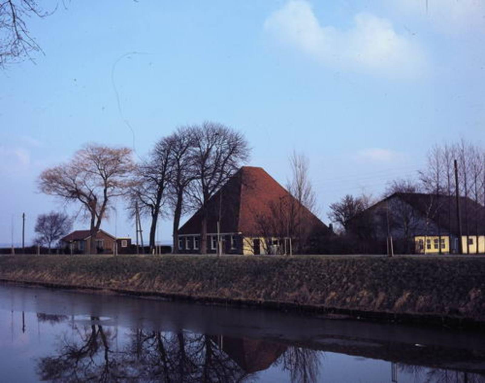 Hoofdweg O 0372 1980 Hoeve Westerhout 02a