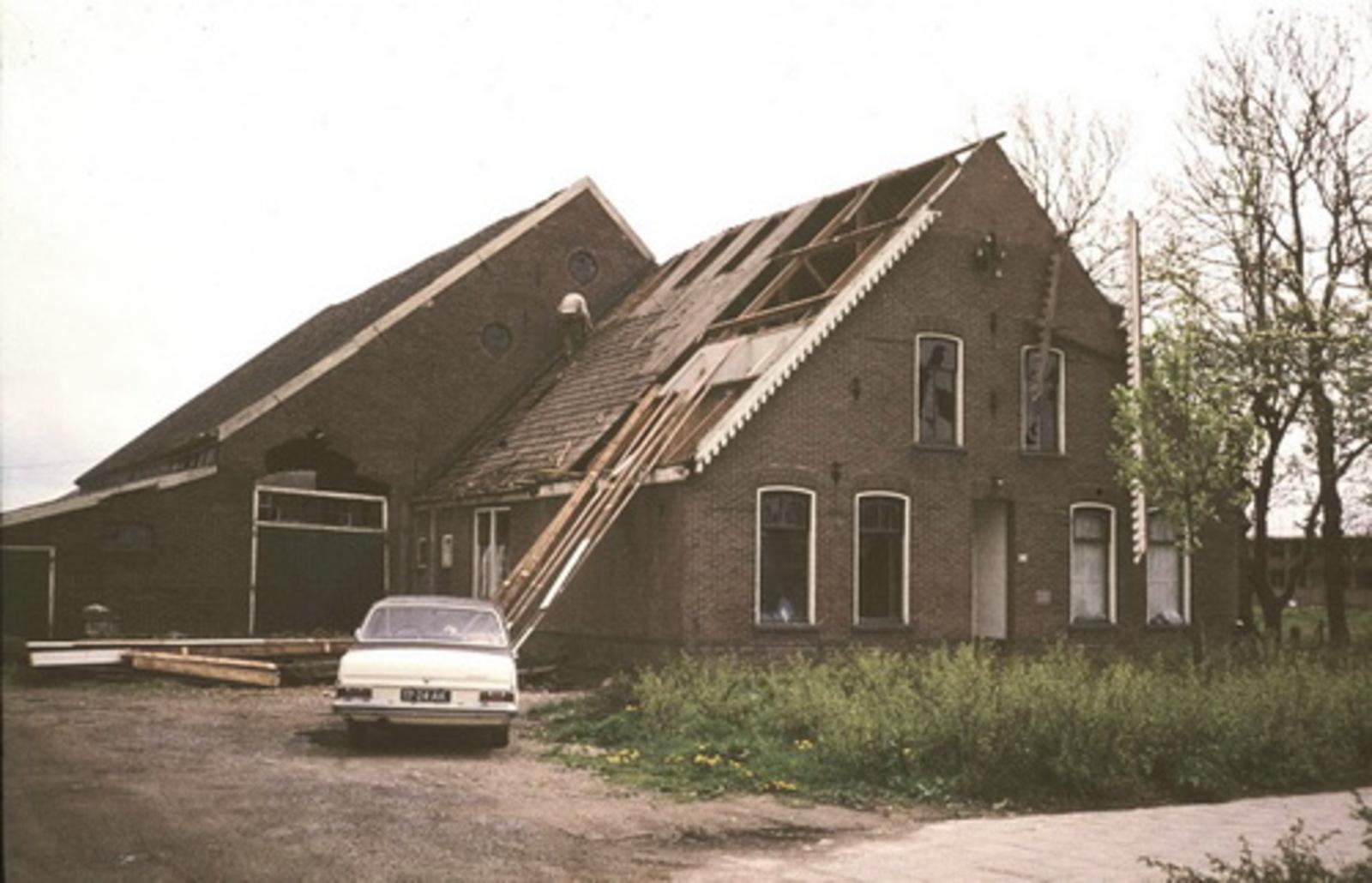Hoofdweg O 0634 1979 Sloop Boerderij Eijken