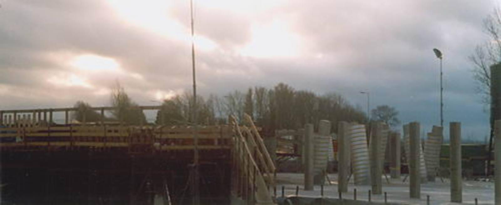 Hoofdweg W 0370± bouw Viaduct Taxibaan Schiphol 03