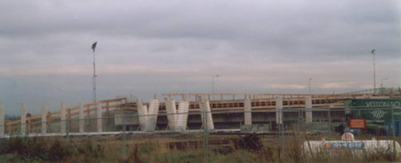 Hoofdweg W 0370± bouw Viaduct Taxibaan Schiphol 04