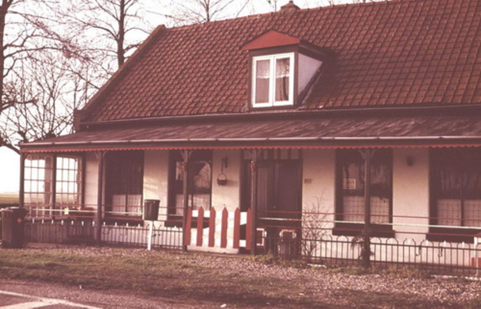 Hoofdweg W 0901 197_ Cafe Slot 01