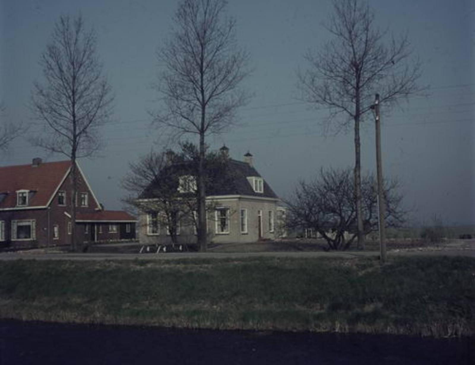 Hoofdweg W 1083 19__ Boerderij Vreedenburg 01