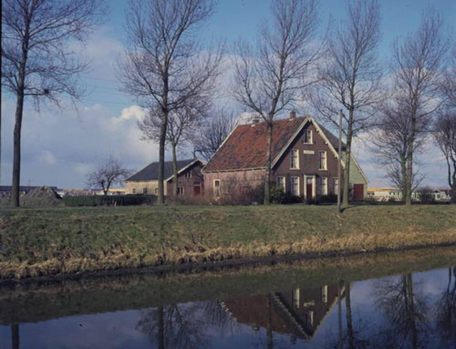 Hoofdweg W 1289 1973 boerderij Linquenda