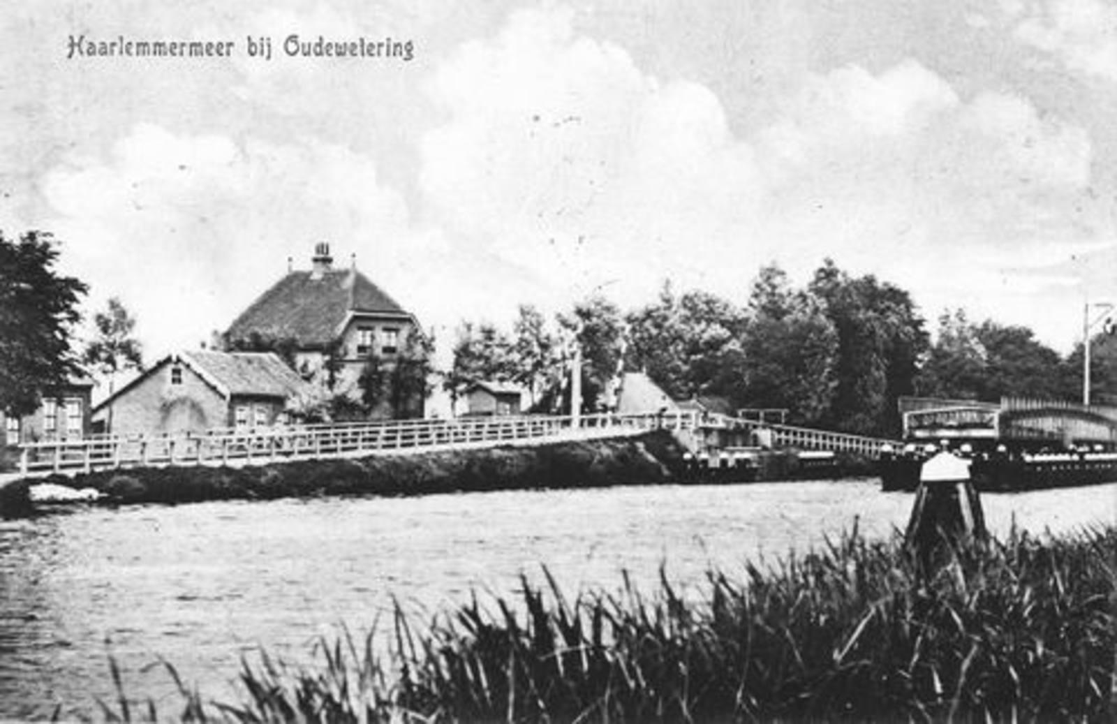 Huigsloterdijk 0050± 1923 Oude Wetering Spoorbrug en -huis