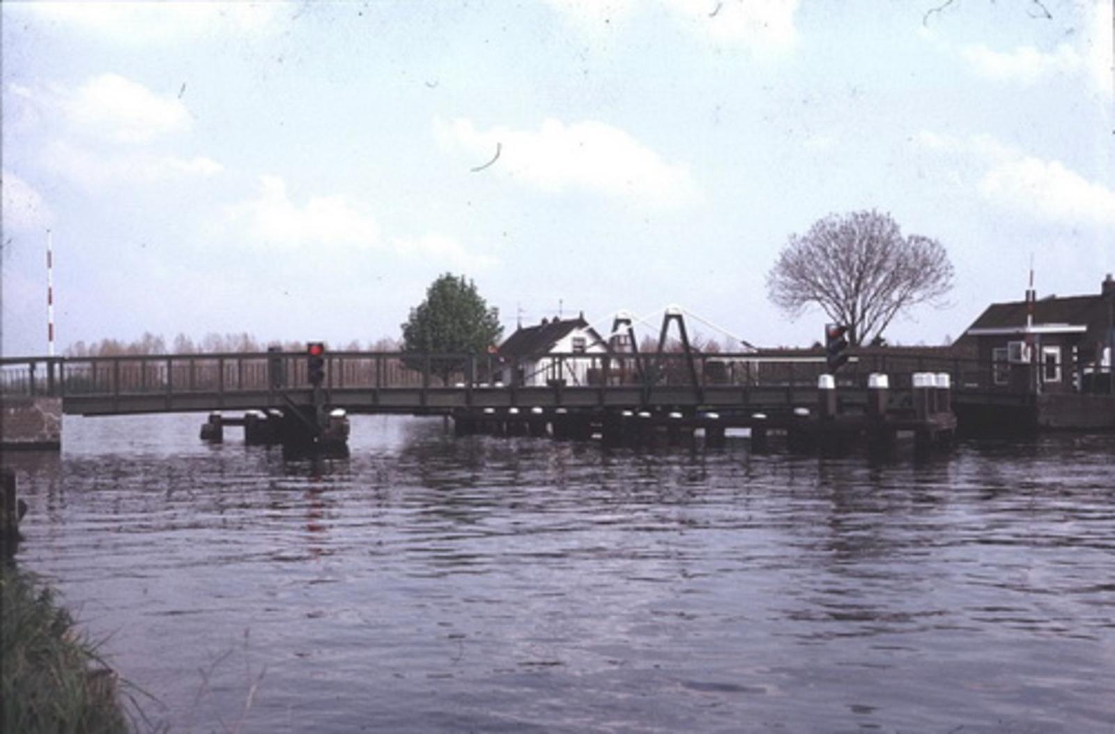 Huigsloterdijk 016_ 197_ Nieuwe Weteringbrug 01