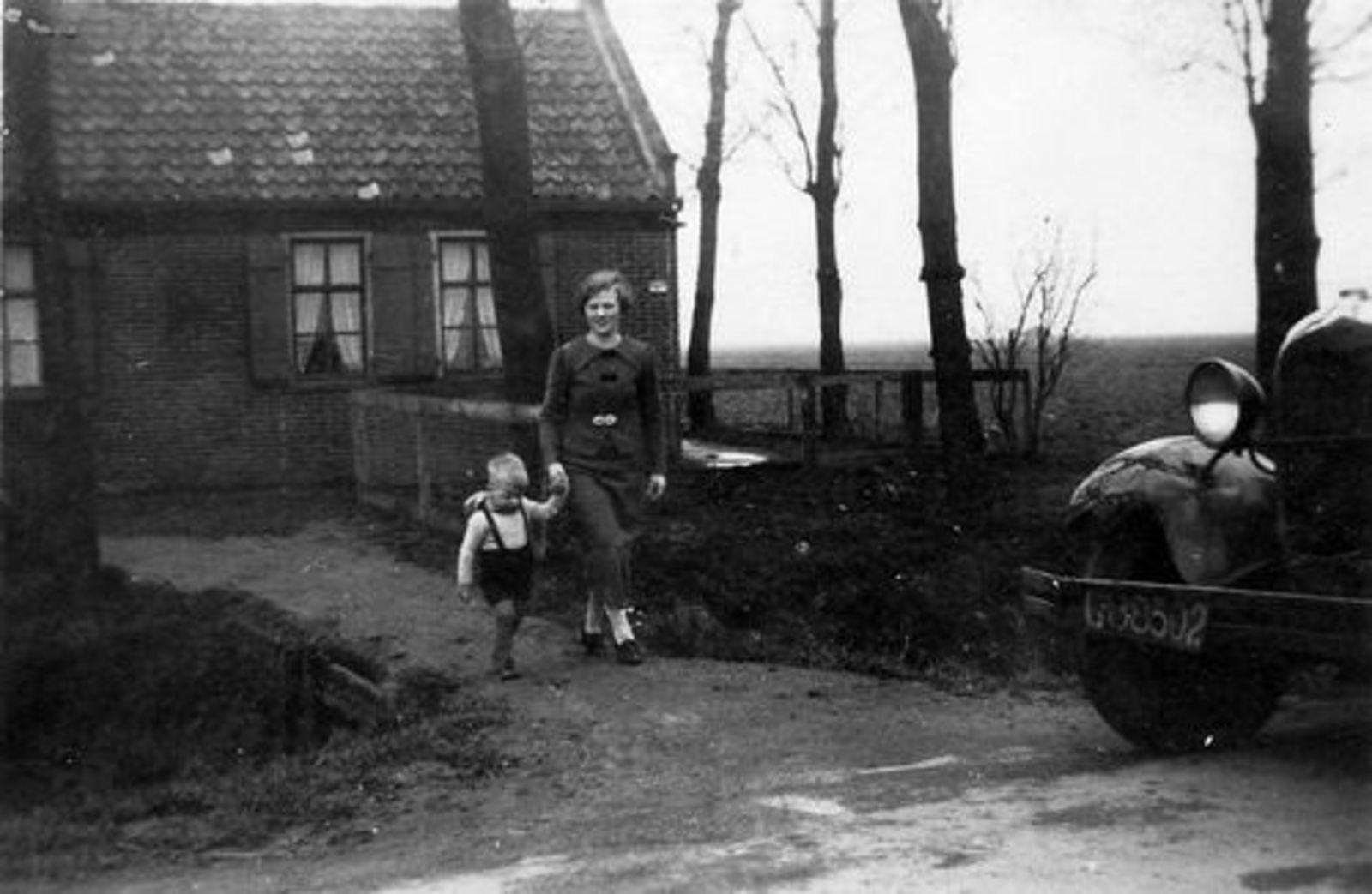 IJweg O 0464 1937 fam Leendert Smit verhuist