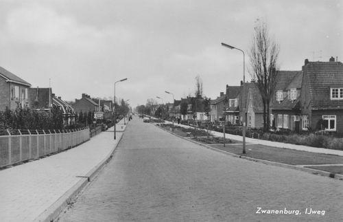 IJweg W 0011ev 1964 Zicht vanaf Ringdijk