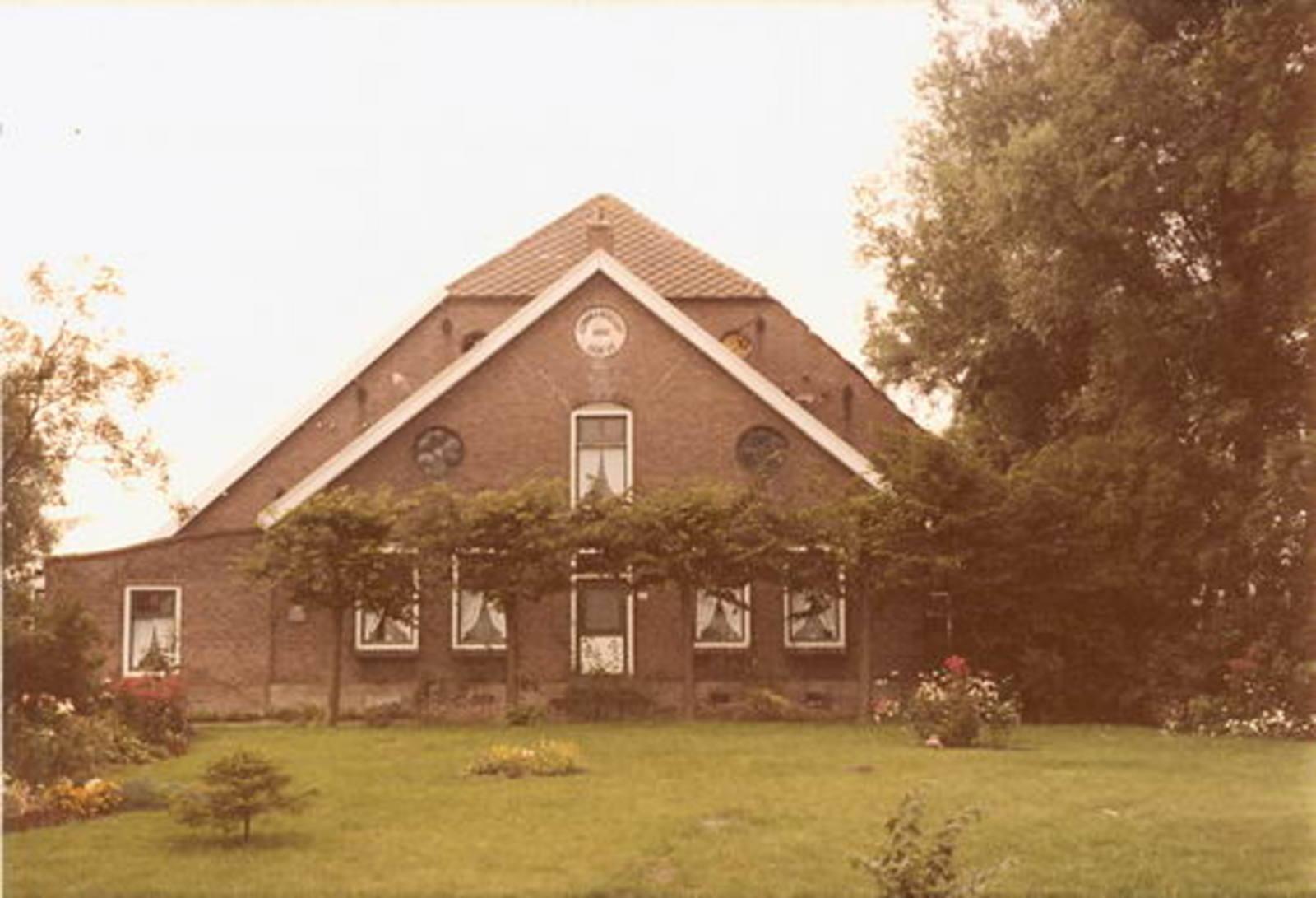 IJweg W 0921 1977 Commandeurs hoeve fam Koeckhoven