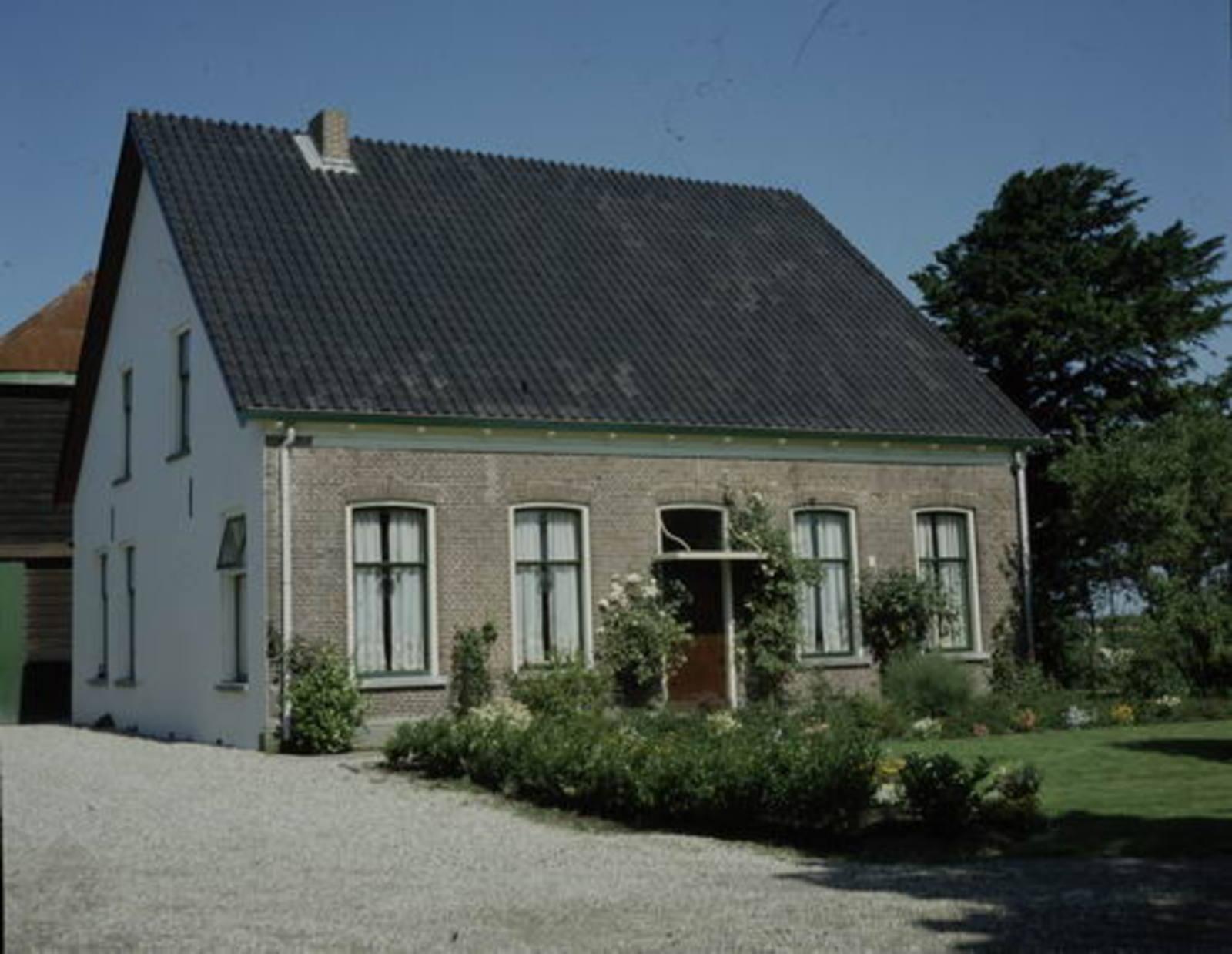 IJweg W 1107 1981 boerderij Kleine Badhoeve 01