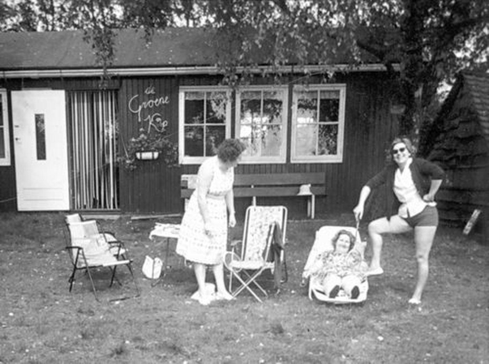 Imanse - Bliek Leentje 1920 1960+ met Kaartclub de Jokervrouwen in Putten 03