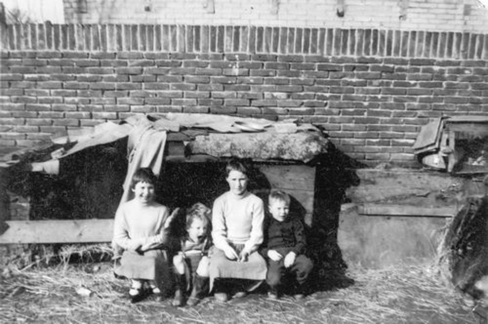 Imanse Iman C 1920 1957 kinderen op Erf Kruislaan 02