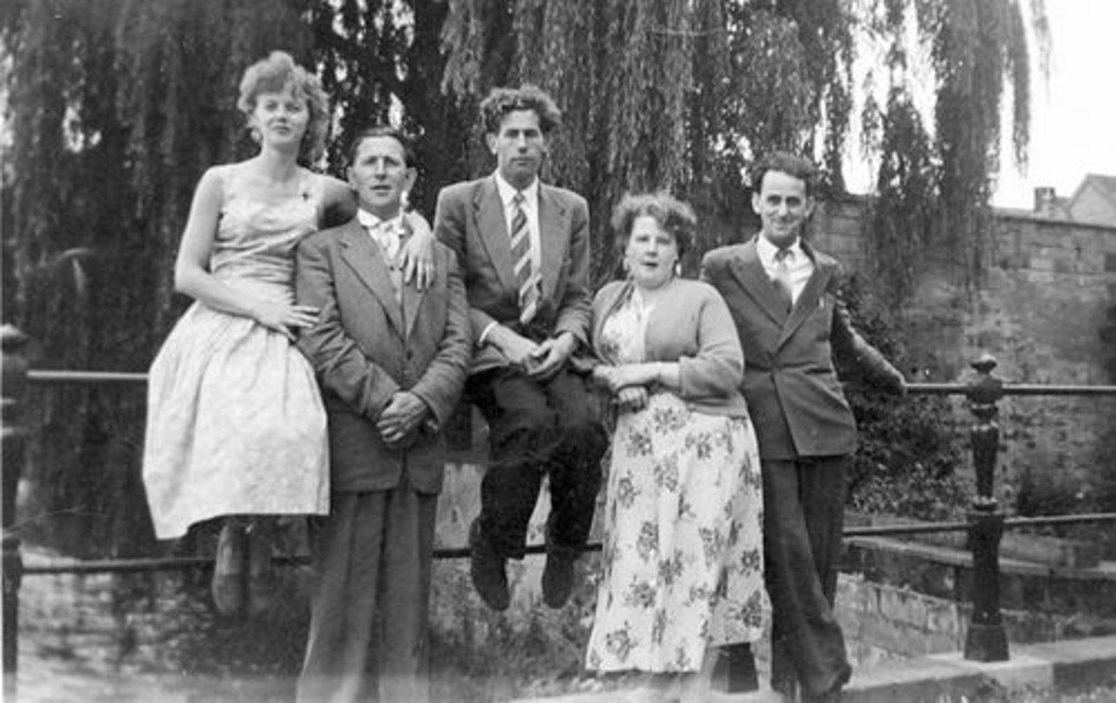 Imanse Iman C 1920 19__ Uitje met Vrienden Serie 61 05