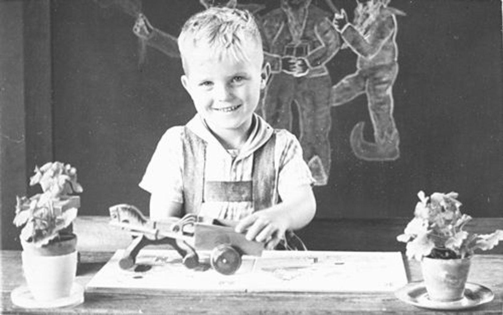 Imanse Jan 1943 19__ Schoolfoto