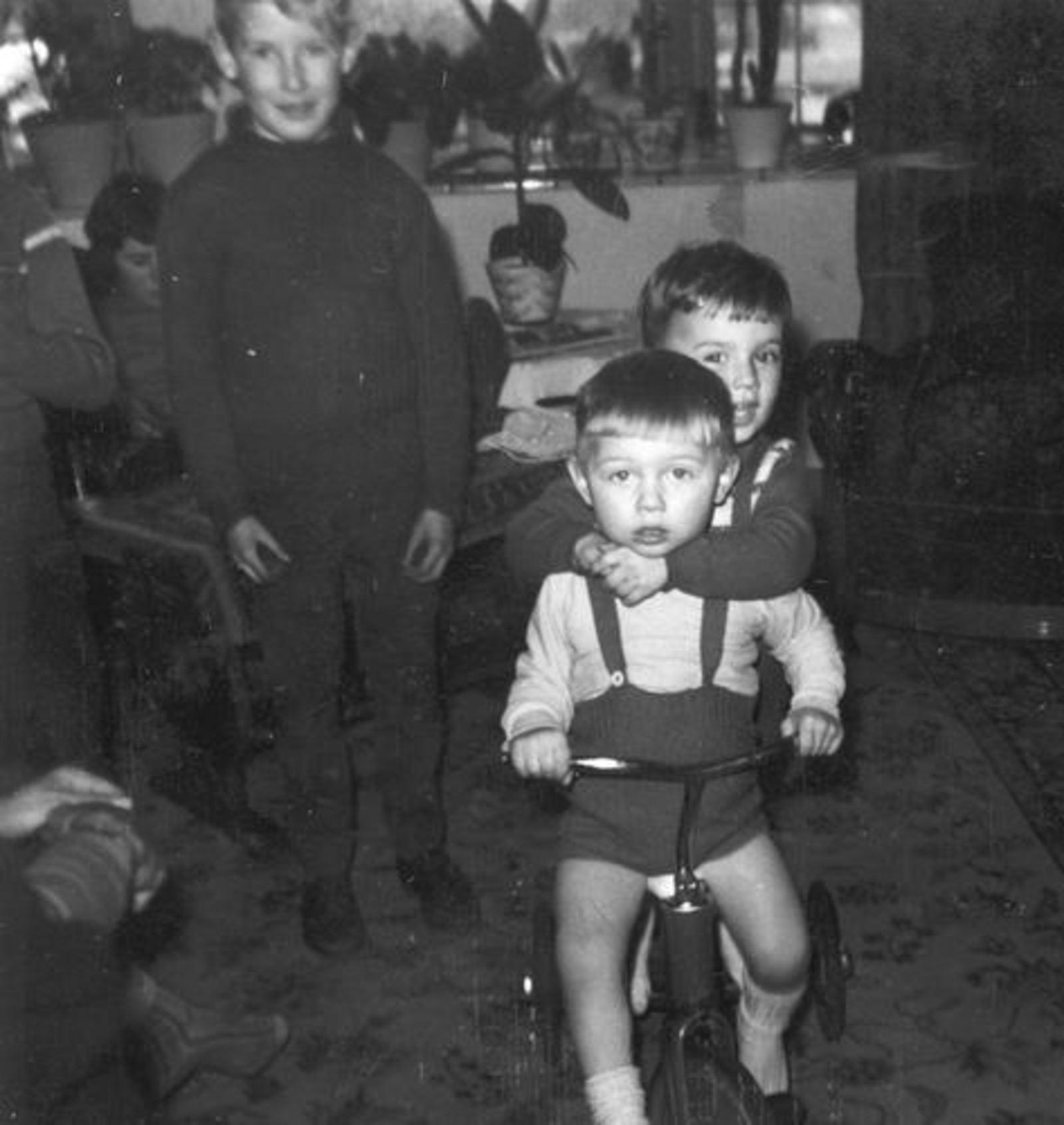 Imanse Ko 1955 196_ met Edjes Imanse en Berbiers
