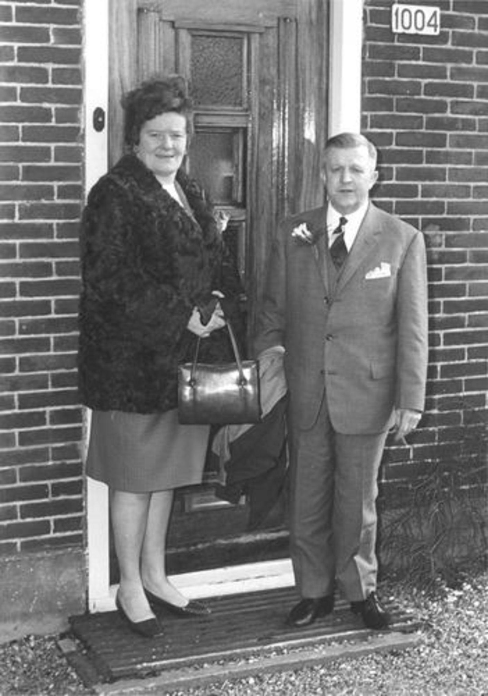 Imanse Ria 1947 19__ trouwt Co vd Hulst 05 met Riet en Roen Nelissen-Imanse