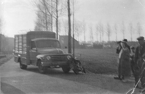 Jong Leen de 1934 1960 Motorongeluk Bennebroekerweg