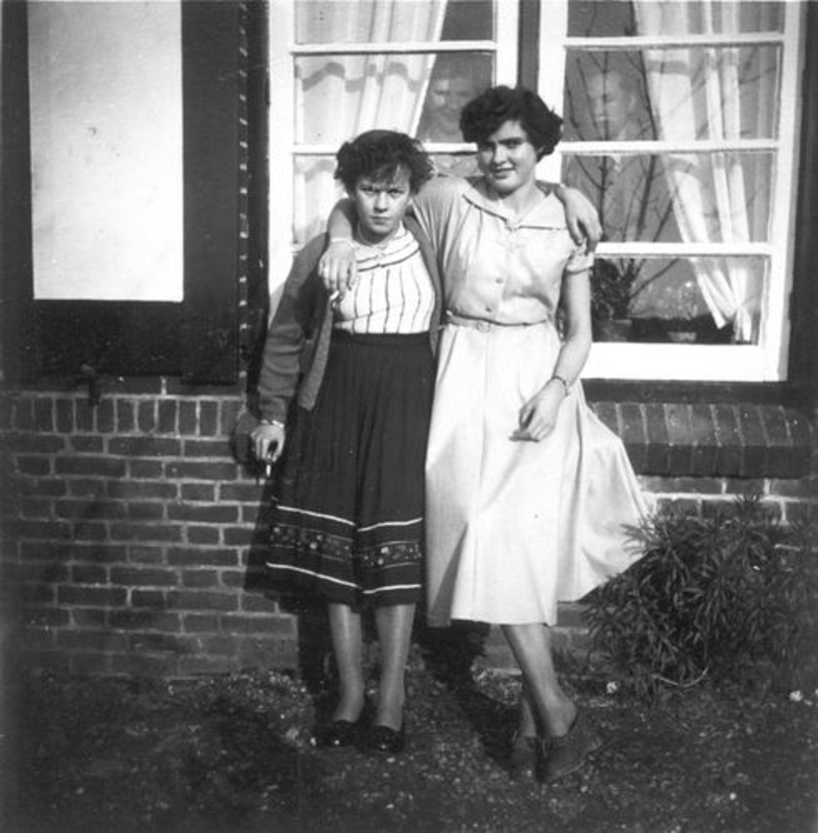 Koeckhoven Grad 1937 1953 met Annie Schelvis in Fortweg